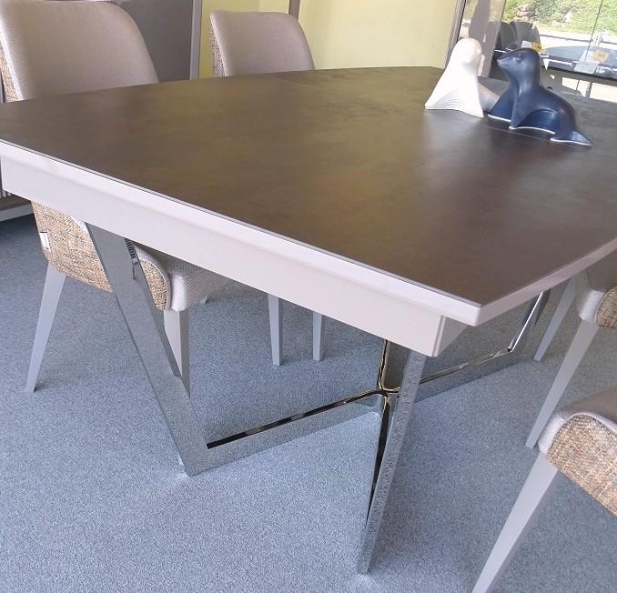 Table tonneau